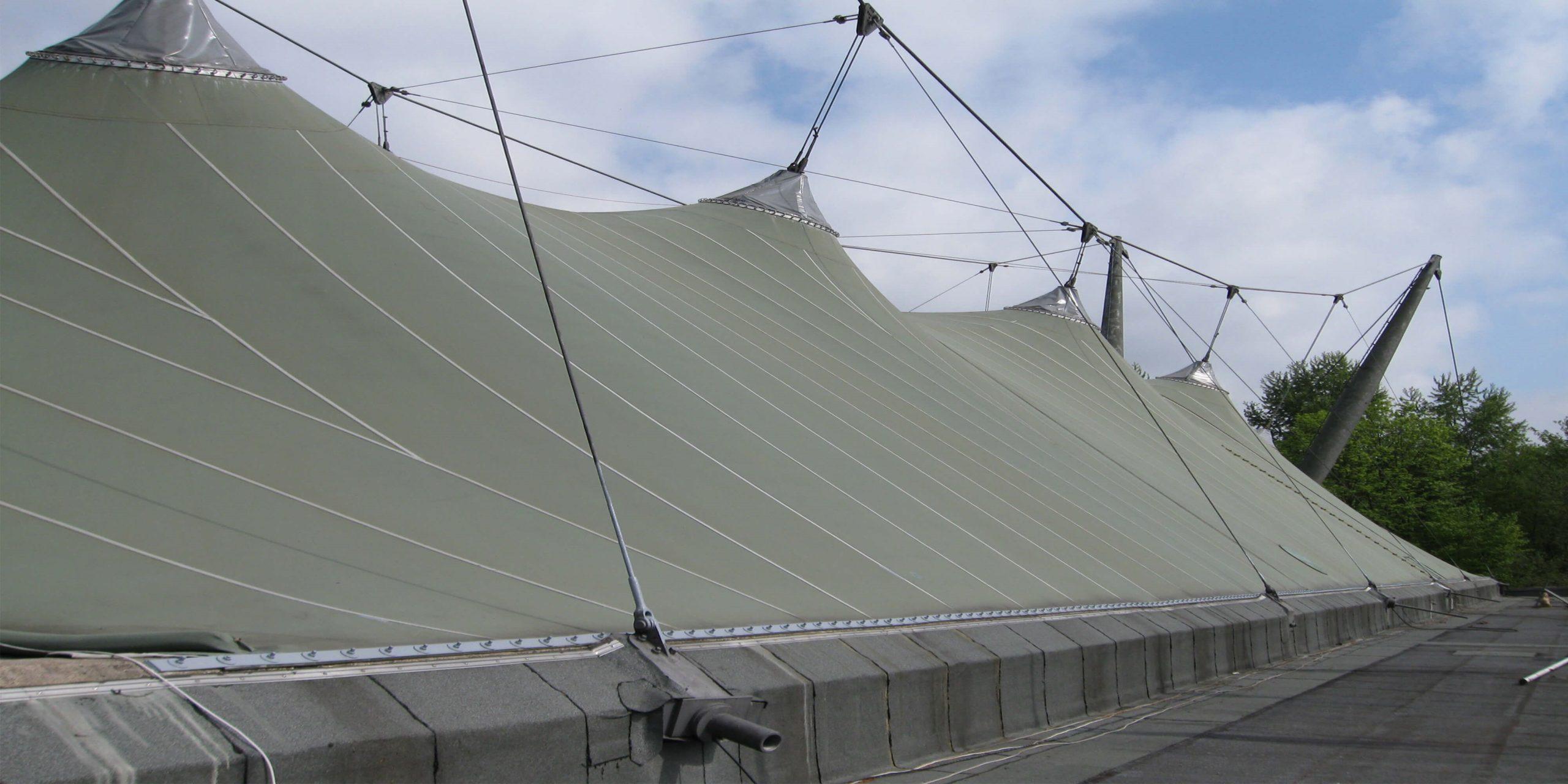 Das alte Dach zum Vergleich